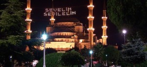 Sultan_Ahmed_Mosque_mahya3